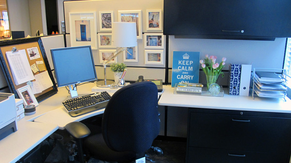 Ask annie how do i live simply in a cubicle live Office cubicle design ideas