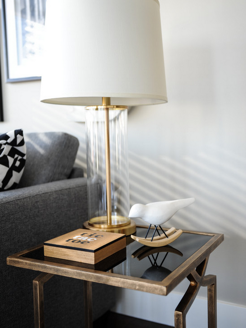 Love this gold side table and lamp!