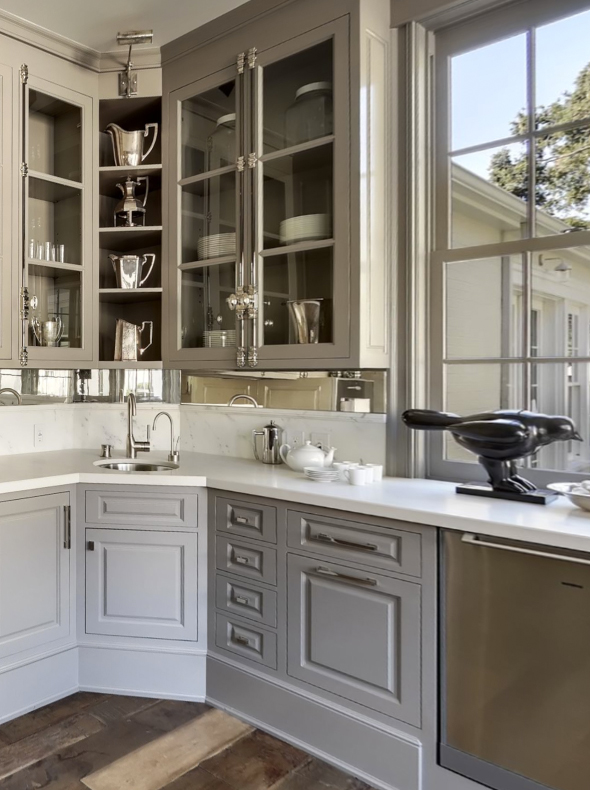 corner kitchen cabinets are the bane of everyone's organizational existence. I'm pretty sure this post should be required reading. Corner kitchen cabinet solutions!