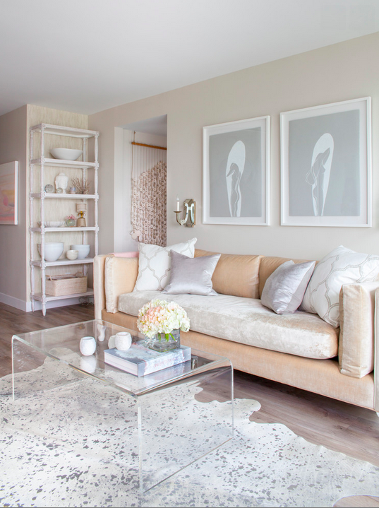 Gorgeous, neutral living room from Peridot Decorative Homewear.