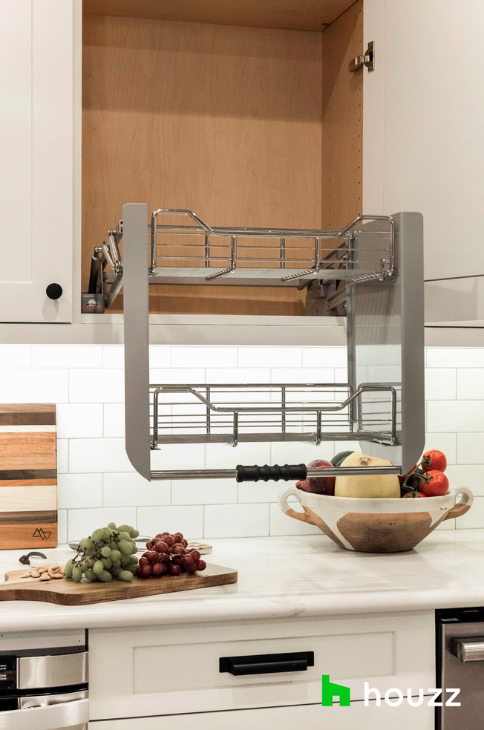 Pull down shelves in the kitchen change EVERYTHING. Adding this to the dream kitchen must-have list.